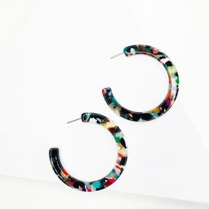 CLOSET REHAB Jewelry - Hoop Earrings in Multicolor